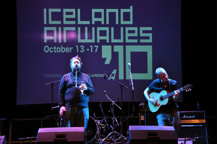 islandairwaves